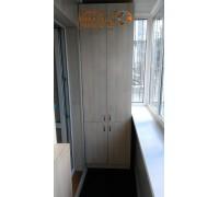 Шкаф распашной на балкон фото