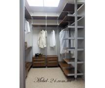 Гардеробная комната 10