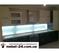 Кухня прямая встроенная,фасады мдф-19мм,столешница 38.